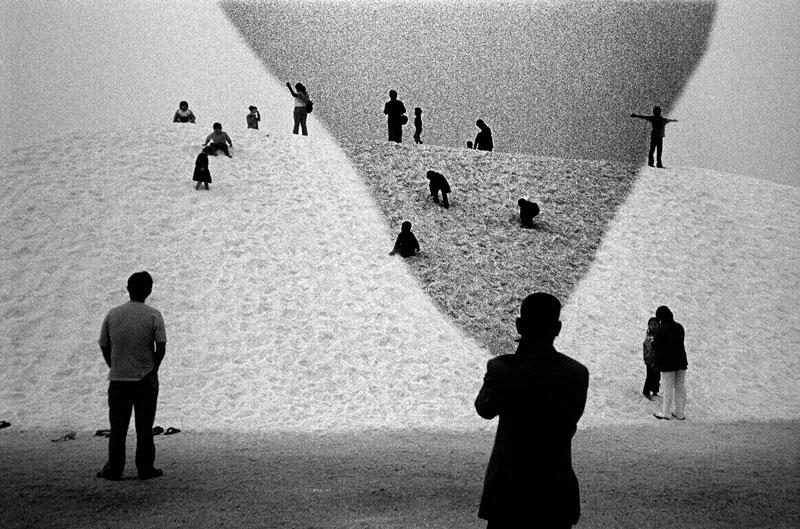 張照堂  | 臺灣 - 核災 之後 …… 無酸纖維鋇基攝影相紙  數位輸出, 2013  藝術家自藏 的圖說