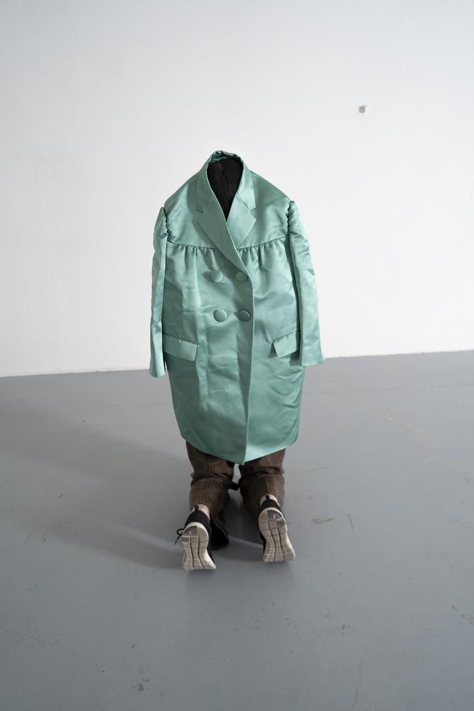 歐文‧沃姆  | 一分鐘雕塑  2020 的圖說
