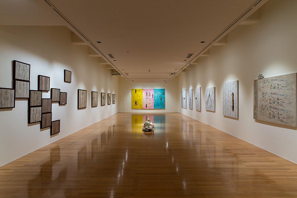 「大遷徙:盧明德」《文化擬態》展場  2021  ©臺北市立美術館 的圖說